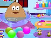 Baby Pou Bathing