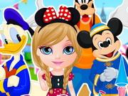 Kicsi Barbie Disneylandbe megy